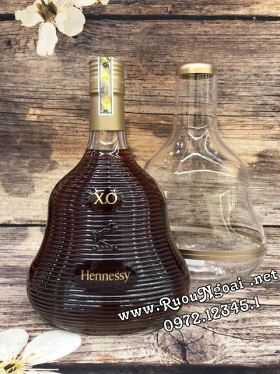 Rượu Hennessy XO Marc Newson