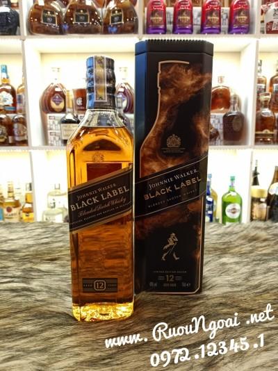 Rượu Johnnie Waker Black Label Tết 2021