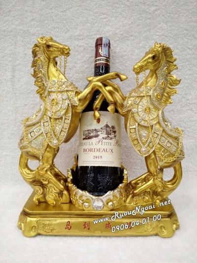 Kệ Rượu Vang Song Mã