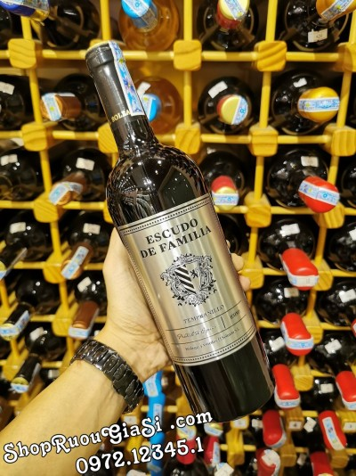 Rượu Vang Escudo De Familia
