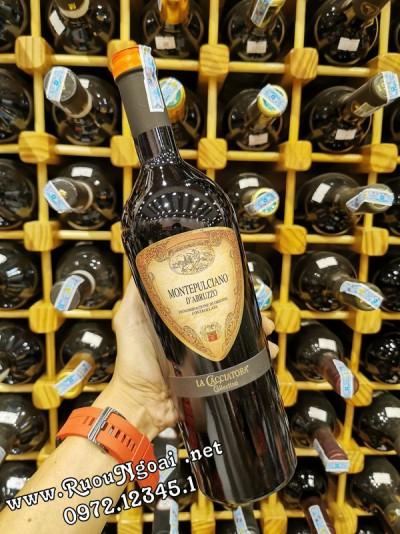 Rượu vang Ý MONTEPULCIANO D'ABRUZZO