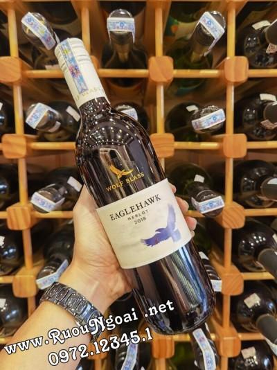 Rượu Vang Wolf Blass Eaglehawk Merlot